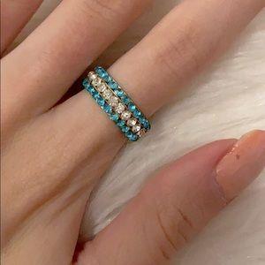 🦋pick 3/$40 golden rhinestone ring